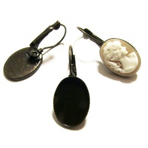 https://www.deida.ro/19299-26316-thickbox/to43a-1-pereche-tortite-cercei-baza-cabochon-bronz-antic-3314mm-1813mm.jpg