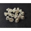 DISPONIBIL 1 SET CU 20 BUCATI - MX512 - Capacele filigranate argintii 11*9mm
