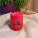DISPONIBIL 5 BUCATI - Lumanare parfumata stalp capsuni 7*6cm