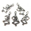 Charm skeleton argintiu antic 26*13.5mm