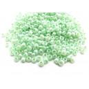 MN4mm-19 - (45 grame) Margele nisip Ceylon verde pal irizat 4mm