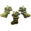 Charm cizmulita cu cadouri bronz antic 29*18mm