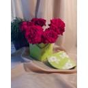 UNICAT - XCER23 - Vas decorativ cu capac verde si flori albe 15*12.5cm